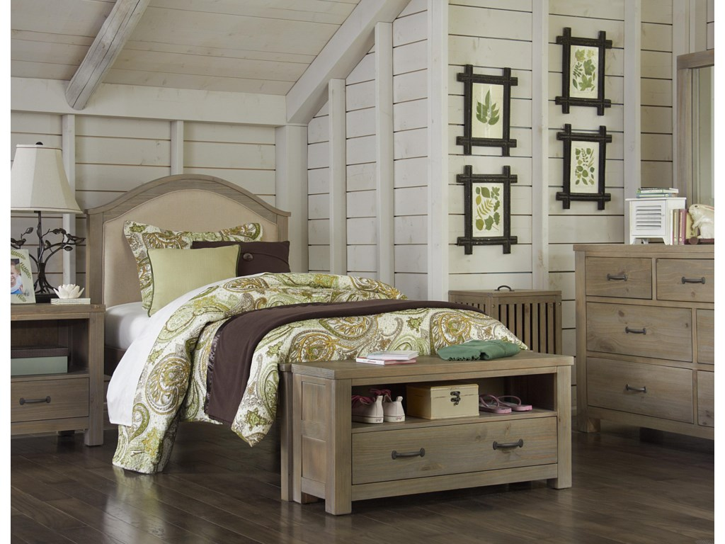 NE Kids HighlandsTwin Bailey Arch Upholstered Bed