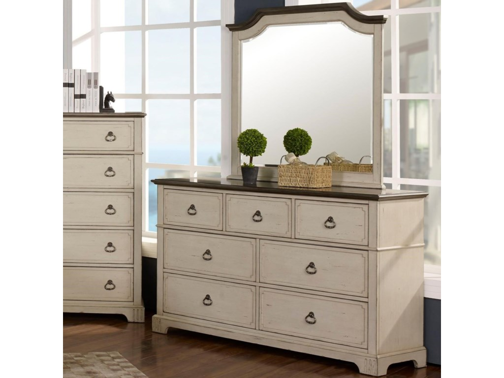 New Classic Avalon Cove Relaxed Vintage 7 Drawer Dresser With Felt