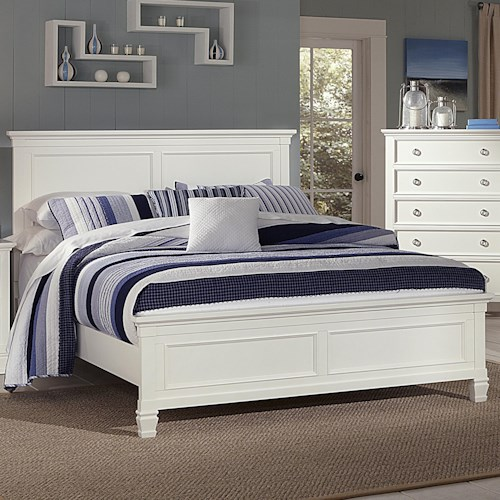 New Classic Tamarack Queen Panel Headboard and Footboard Bed