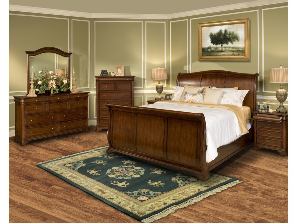 New Classic Whitley CourtKing Sleigh Bed