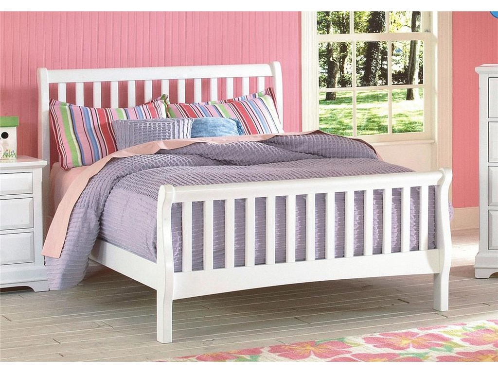 New Classic BayfrontTwin Sleigh Bed