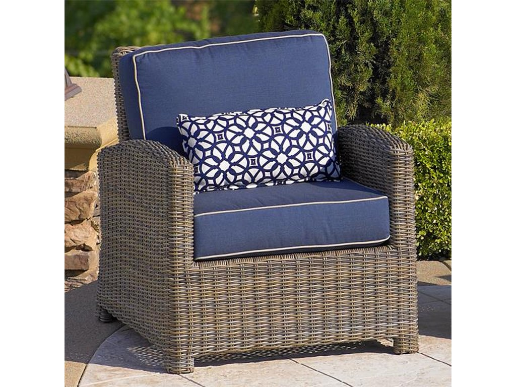 Chicago Wicker BainbridgeClub Chair w/ Cushion