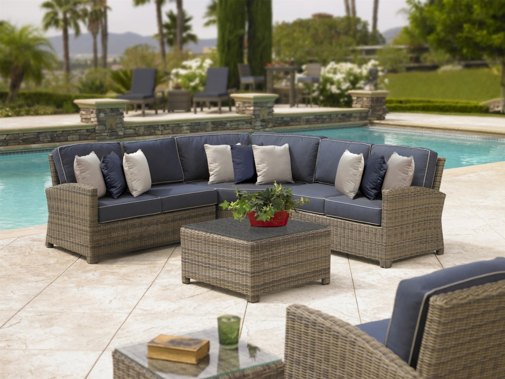 Chicago Wicker BainbridgeOutdoor Sectional