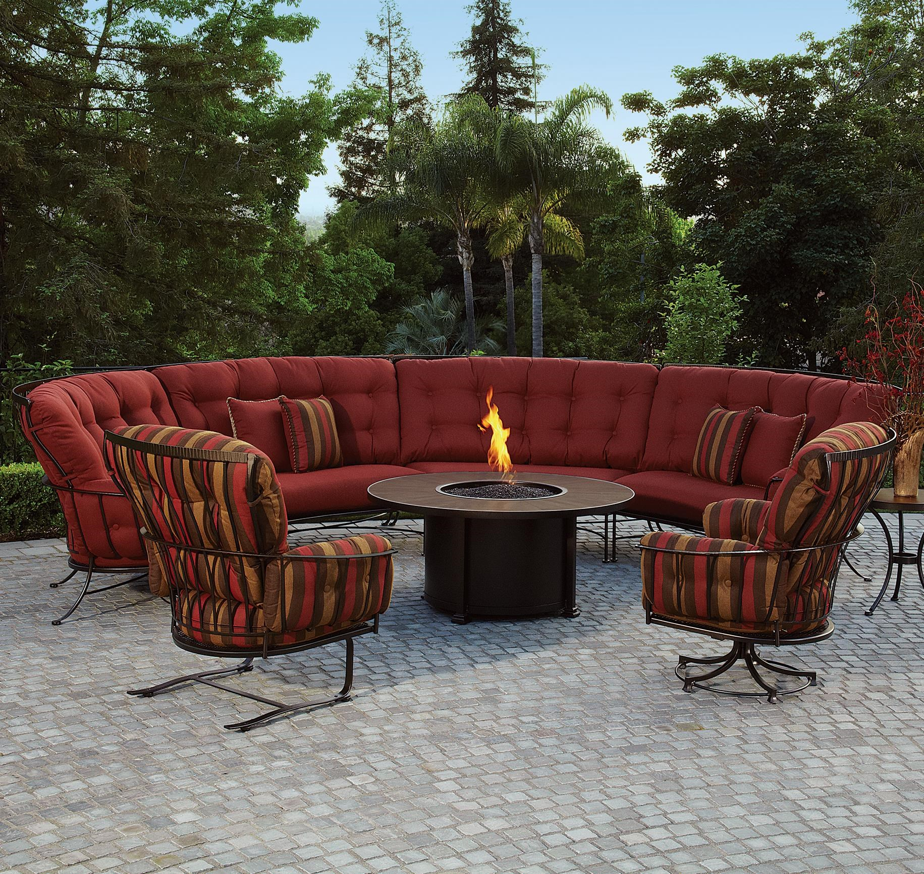 Attrayant Monterra Outdoor Sectional Sofa With Cushions By O.W. Lee