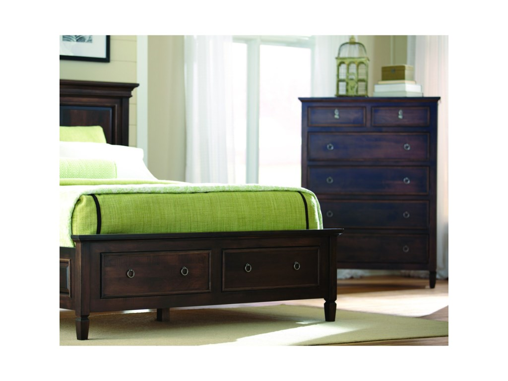 Palettes by Winesburg Vineyard HavenQueen Panel Bed
