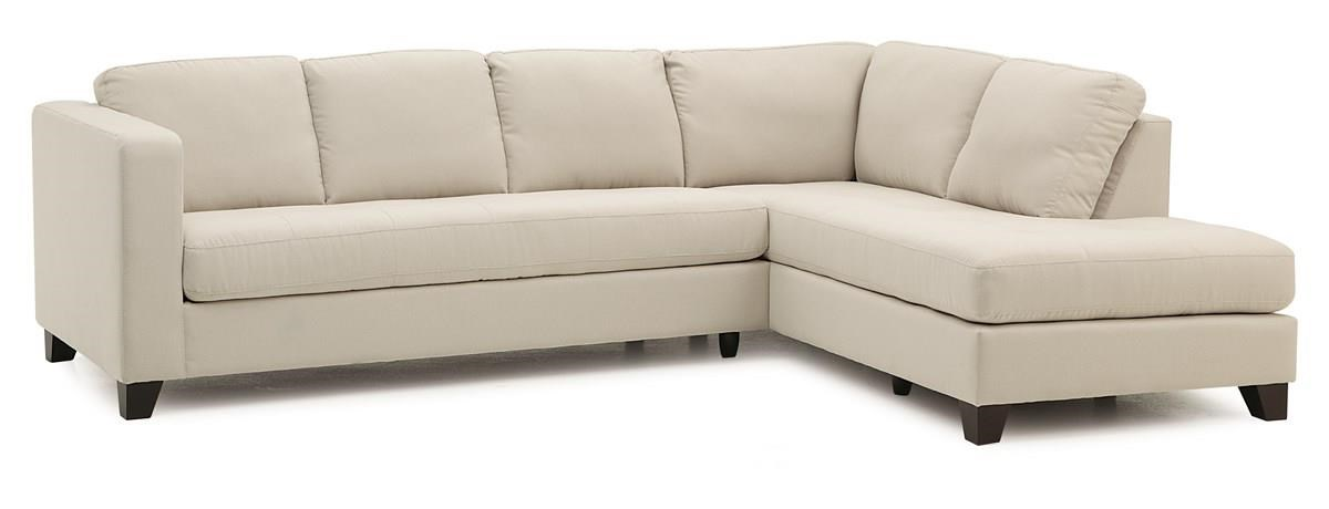 Contemporary Sectional Sofa with Right Facing Chaise
