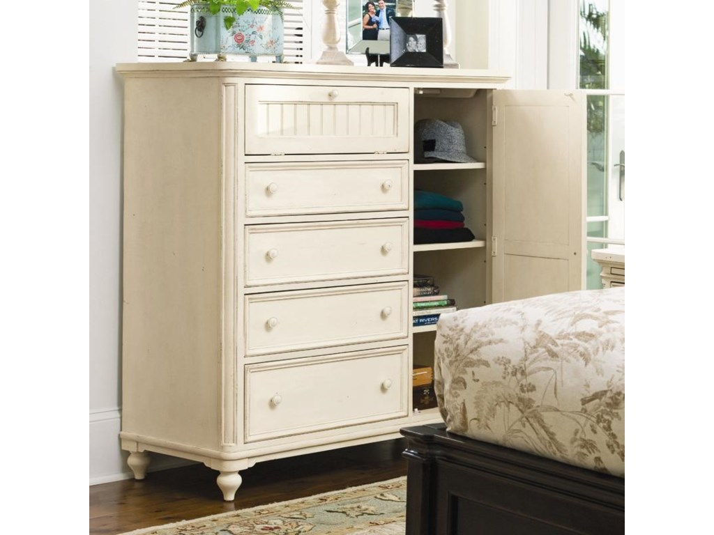 Paula Deen by Universal Paula Deen HomeDoor Chest