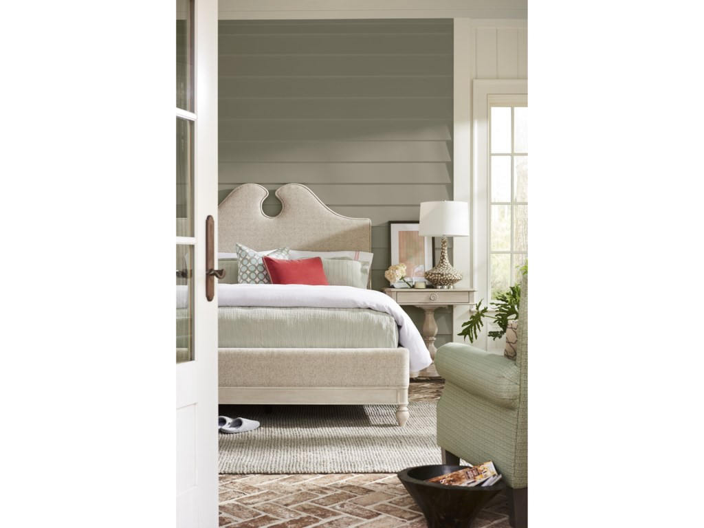 Paula Deen by Universal BlufftonBoat House Queen Bed