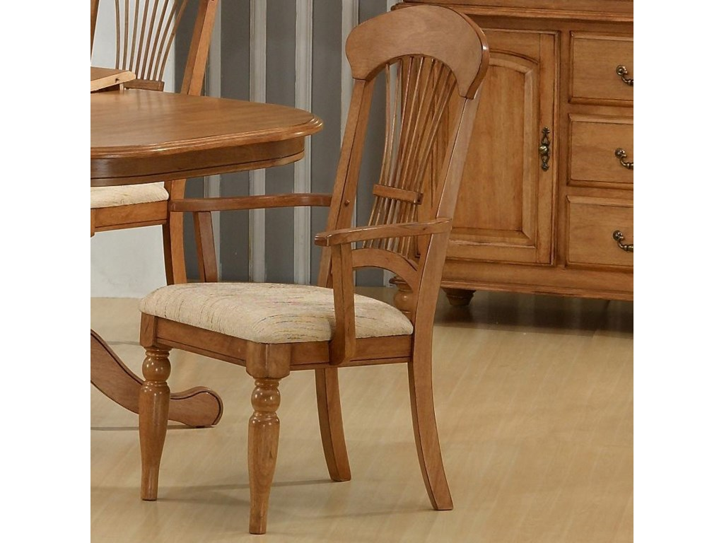 Primo International 1855Arm Chair