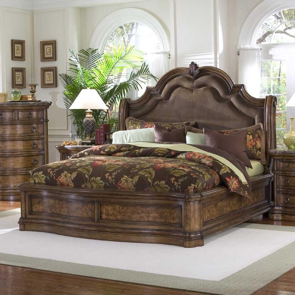 Image of: Pulaski Furniture San Mateo King Microfiber Upholstered Sleigh Bed Royal Furniture Upholstered Beds