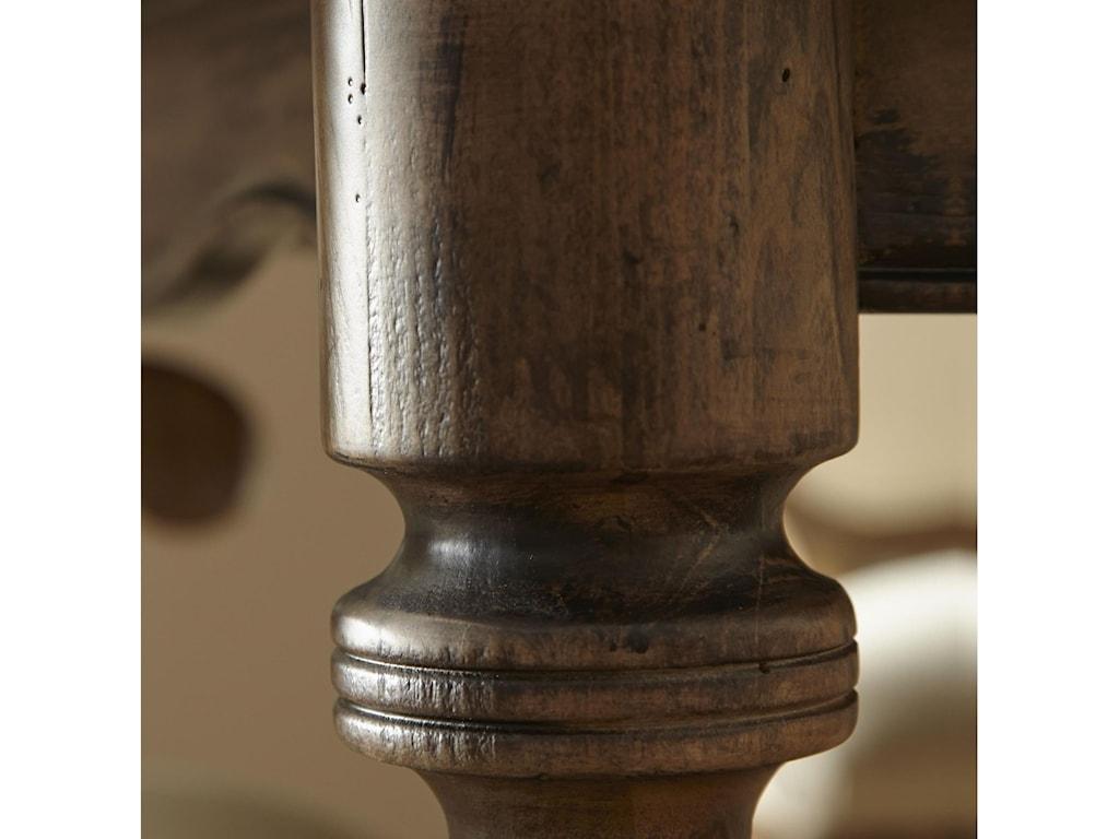 Pulaski Furniture Accentrics HomeLucia Leg Table