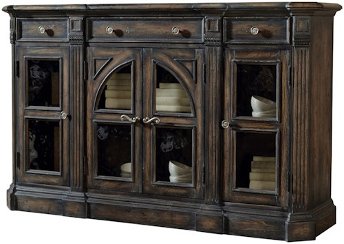 Pulaski Furniture Accentrics Home Delmar Sideboard w/ Fluted End Posts
