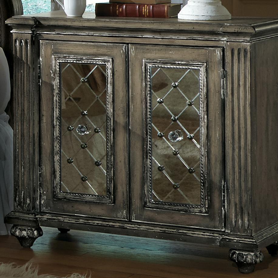 Pulaski Furniture Accentrics Home Chest W/ Mirror Doors   Pedigo Furniture    Accent Chests