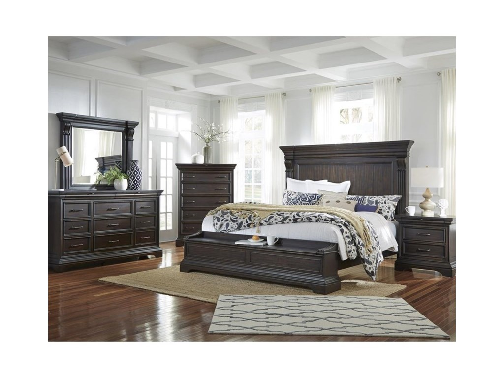 Pulaski Furniture CaldwellCalifornia King Bed with Blanket Chest