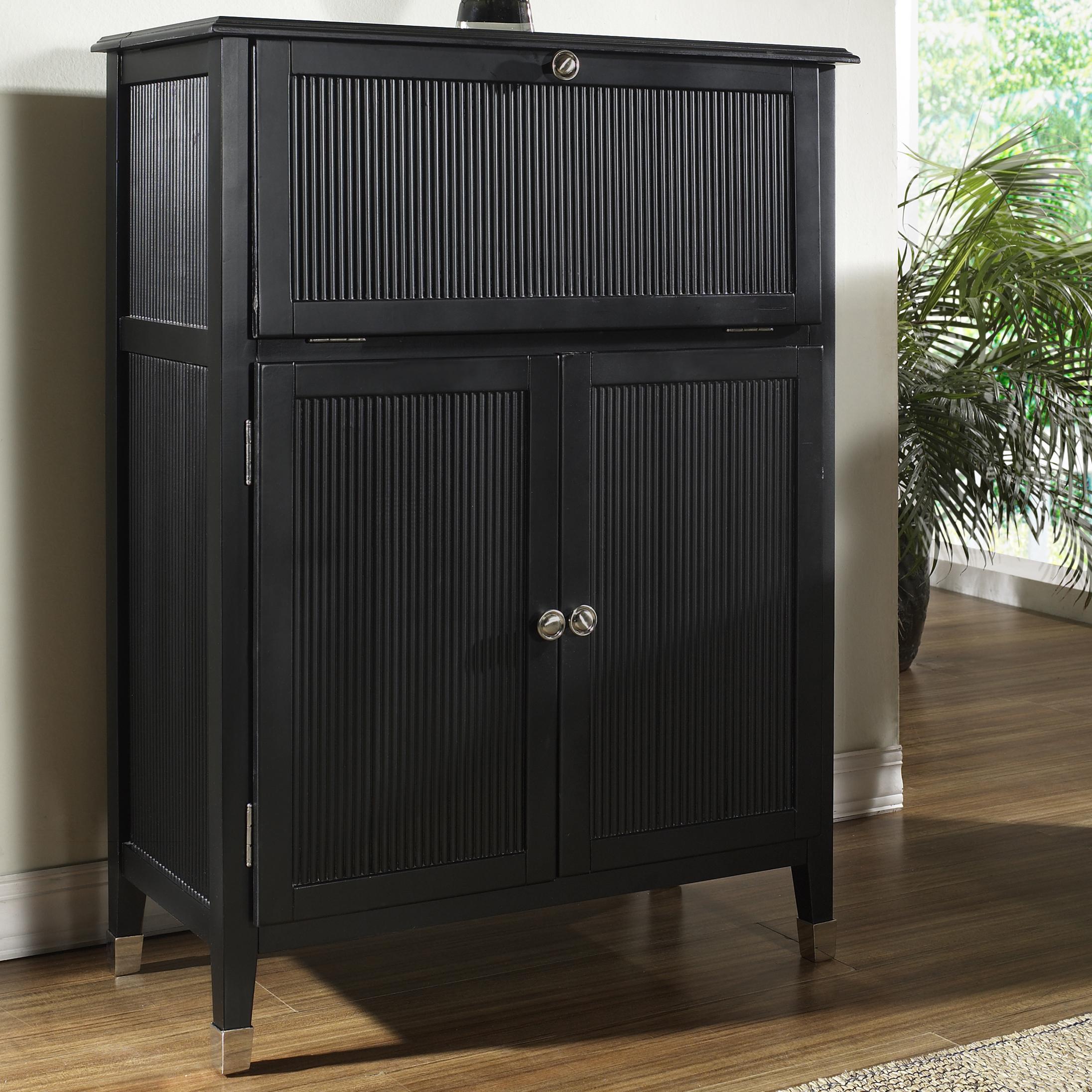 Pulaski Furniture Accents Main Street Martini Bar   Belfort Furniture   Bar  Cabinets