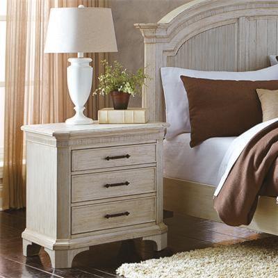 Riverside Furniture Aberdeen3 Drawer Nightstand
