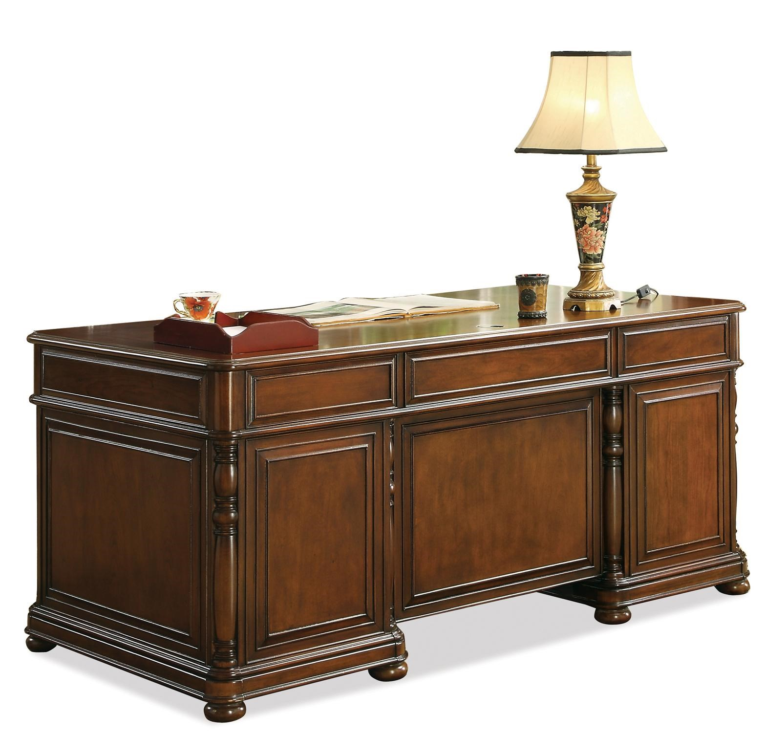 Riverside Furniture Bristol Court Cognac Cherry Finished