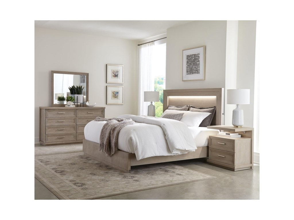 Riverside Furniture Cascade8-Drawer Dresser