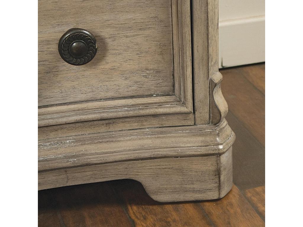 Riverside Furniture Corinne6 Drawer Dresser