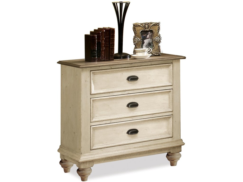 Riverside Furniture Coventry Two Tone3-Drawer Night Stand