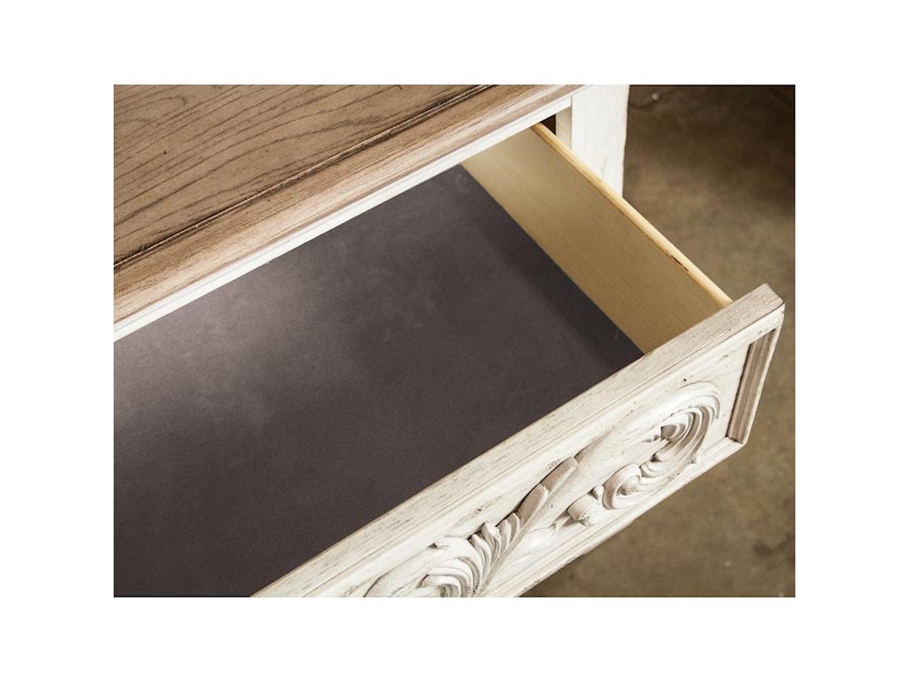 Riverside Furniture Elizabeth3-Drawer Bachelors Chest