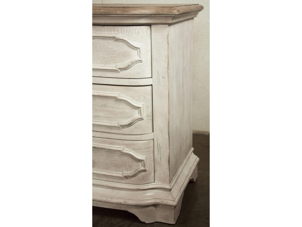 Riverside Furniture Elizabeth3-Drawer Nightstand
