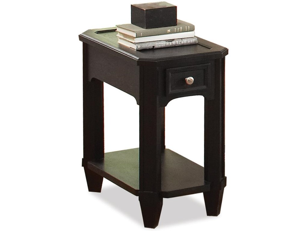 Riverside Furniture FarringtonChairside Table