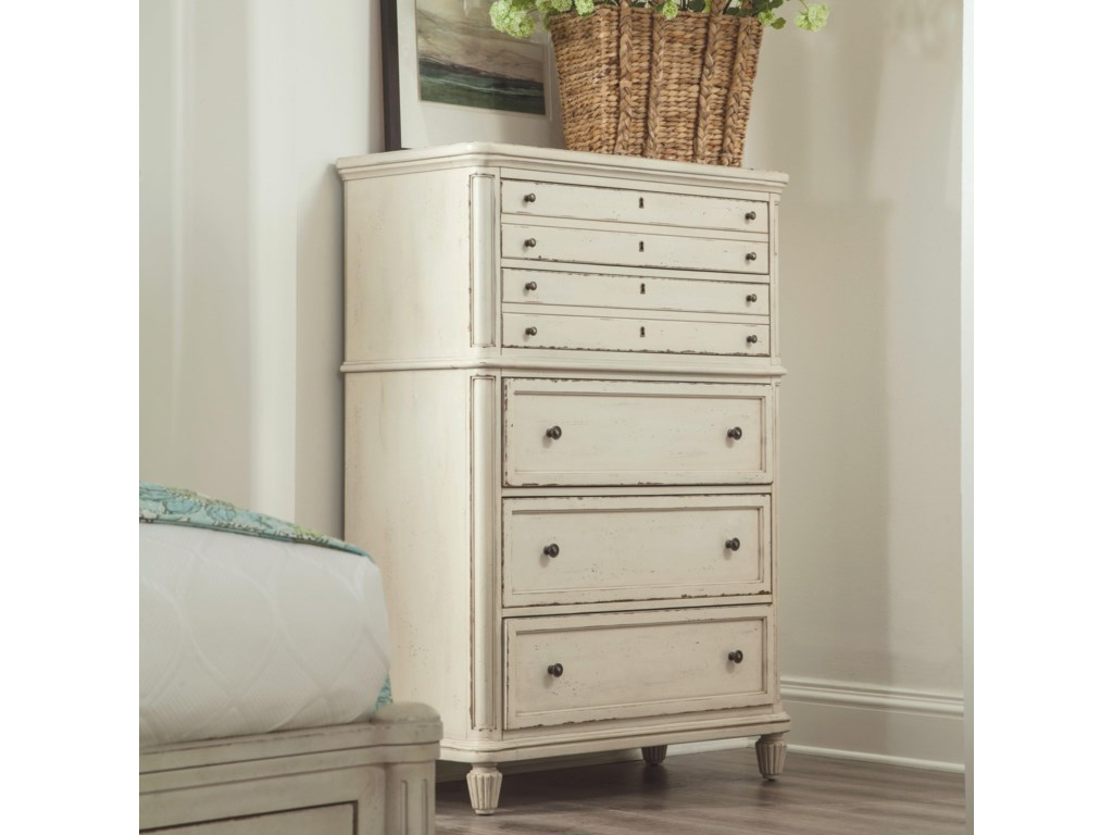Riverside Furniture Huntleigh5 Drawer Chest