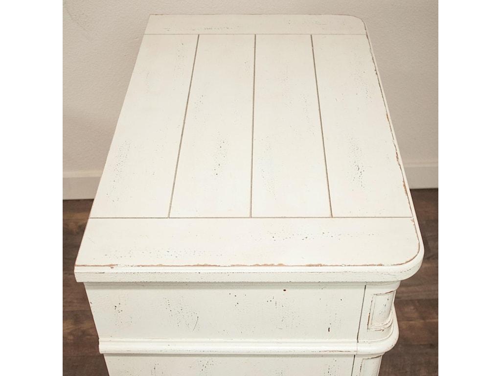 Riverside Furniture Huntleigh3 Drawer Nightstand