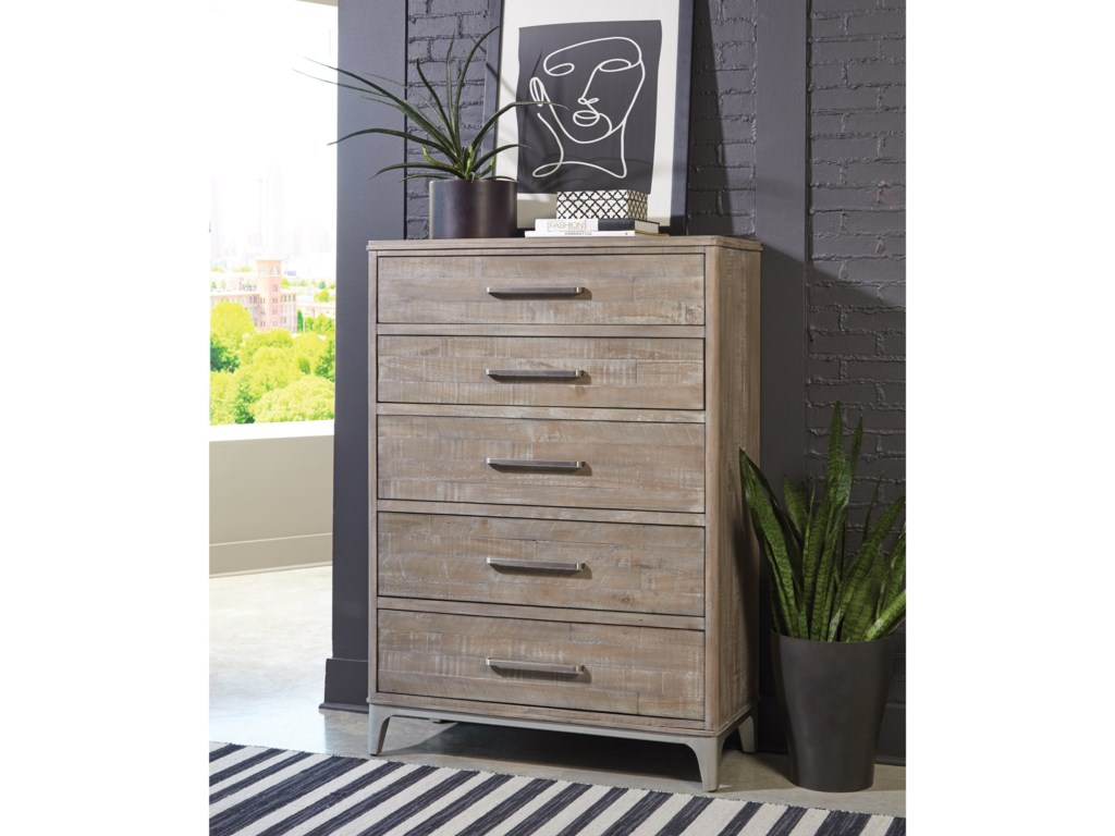 Riverside Furniture Intrigue5-Drawer Chest