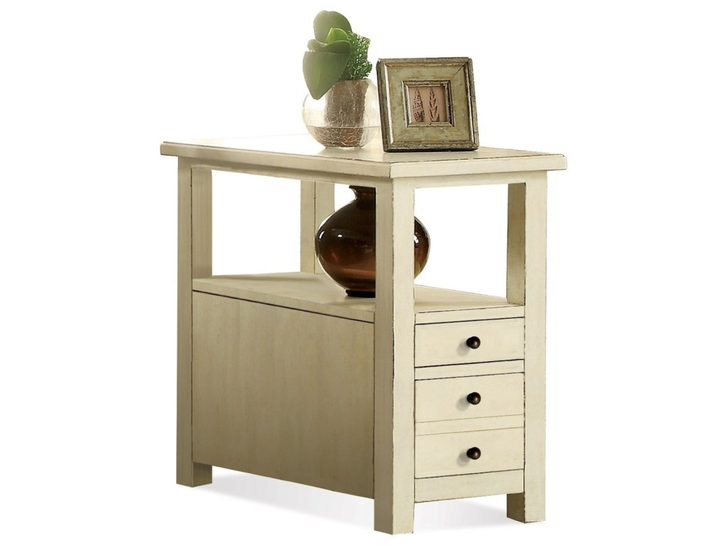 Riverside Furniture SullivanChairside Table
