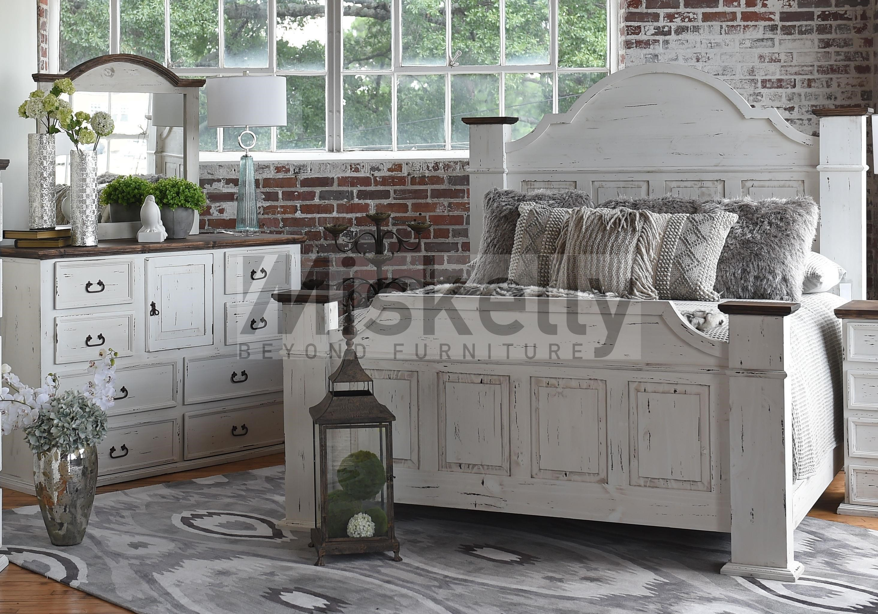 Rustic Imports GRANDE Queen Bed, Dresser And Mirror