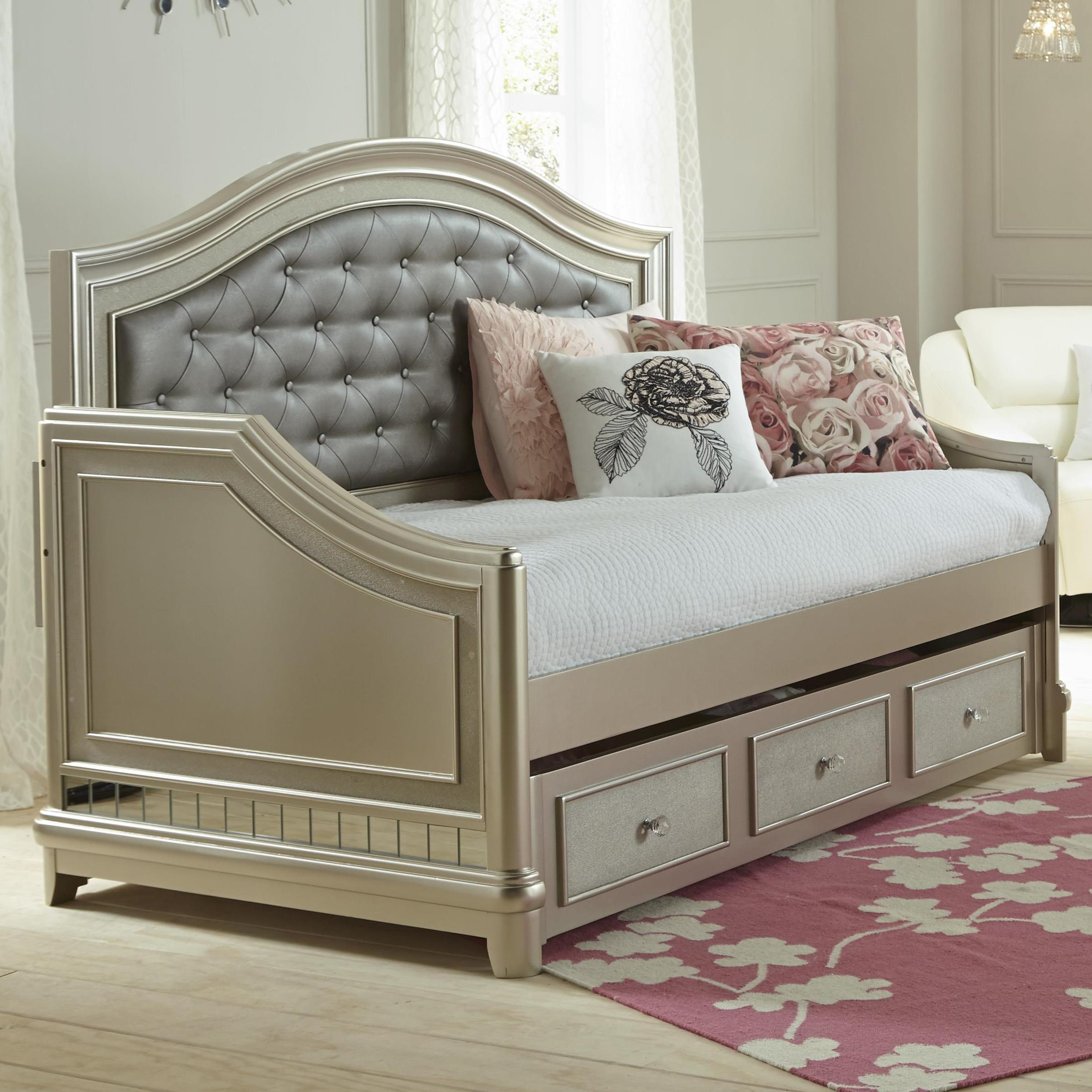 Samuel Lawrence Lil Diva Tufted Daybed W/ Trundle   Miskelly Furniture    Daybeds
