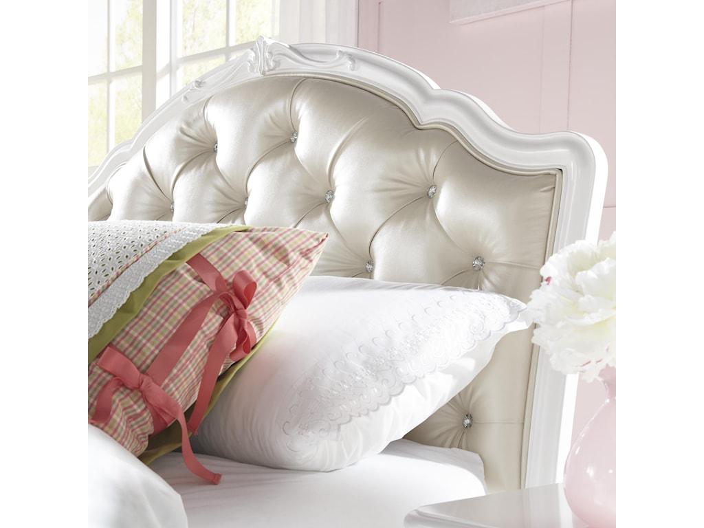 Samuel Lawrence EleanorFull Upholstered Storage Bed