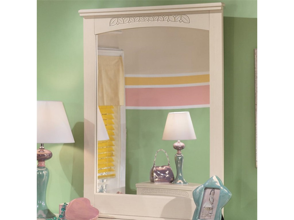Signature Design by Ashley Cottage RetreatDresser Mirror