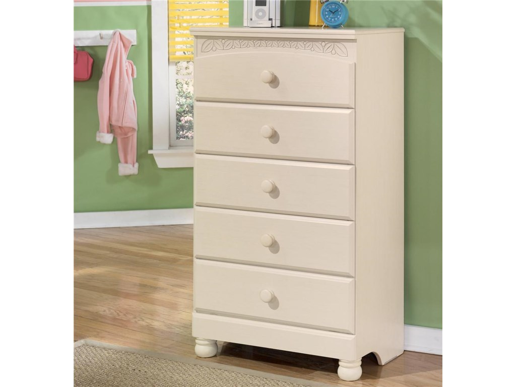 Signature Design by Ashley Cottage Retreat5 Drawer Chest
