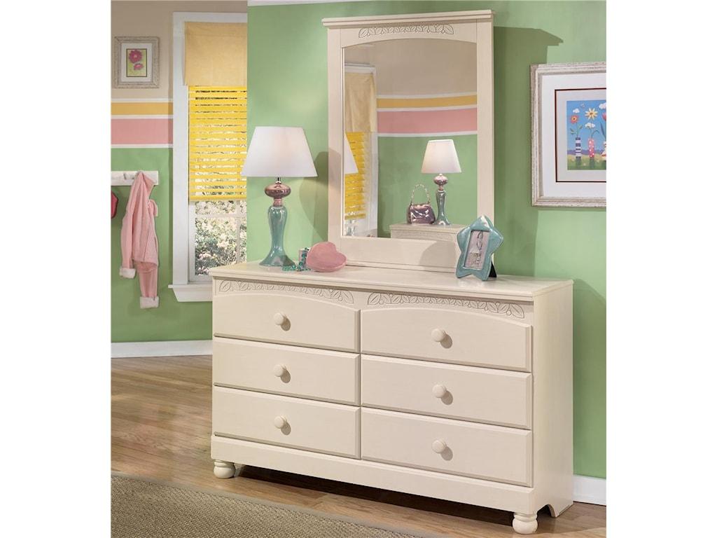 Signature Design by Ashley Cottage Retreat6 Drawer Dresser