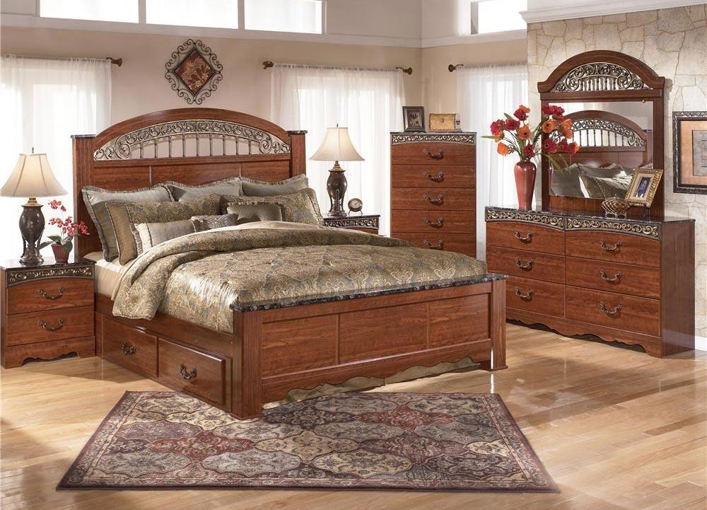 Brookfield 4pc Queen Storage Bedroom Set By Signature Design Ashley