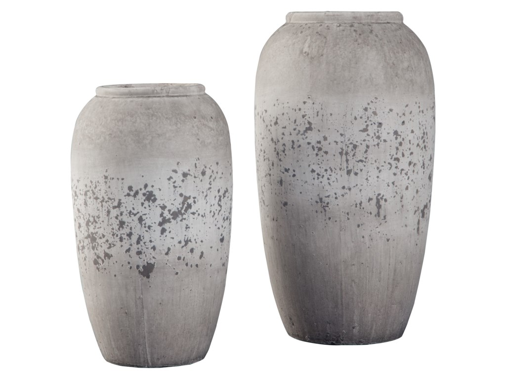 Signature Design by Ashley AccentsDimitra Brown/Cream Vase Set