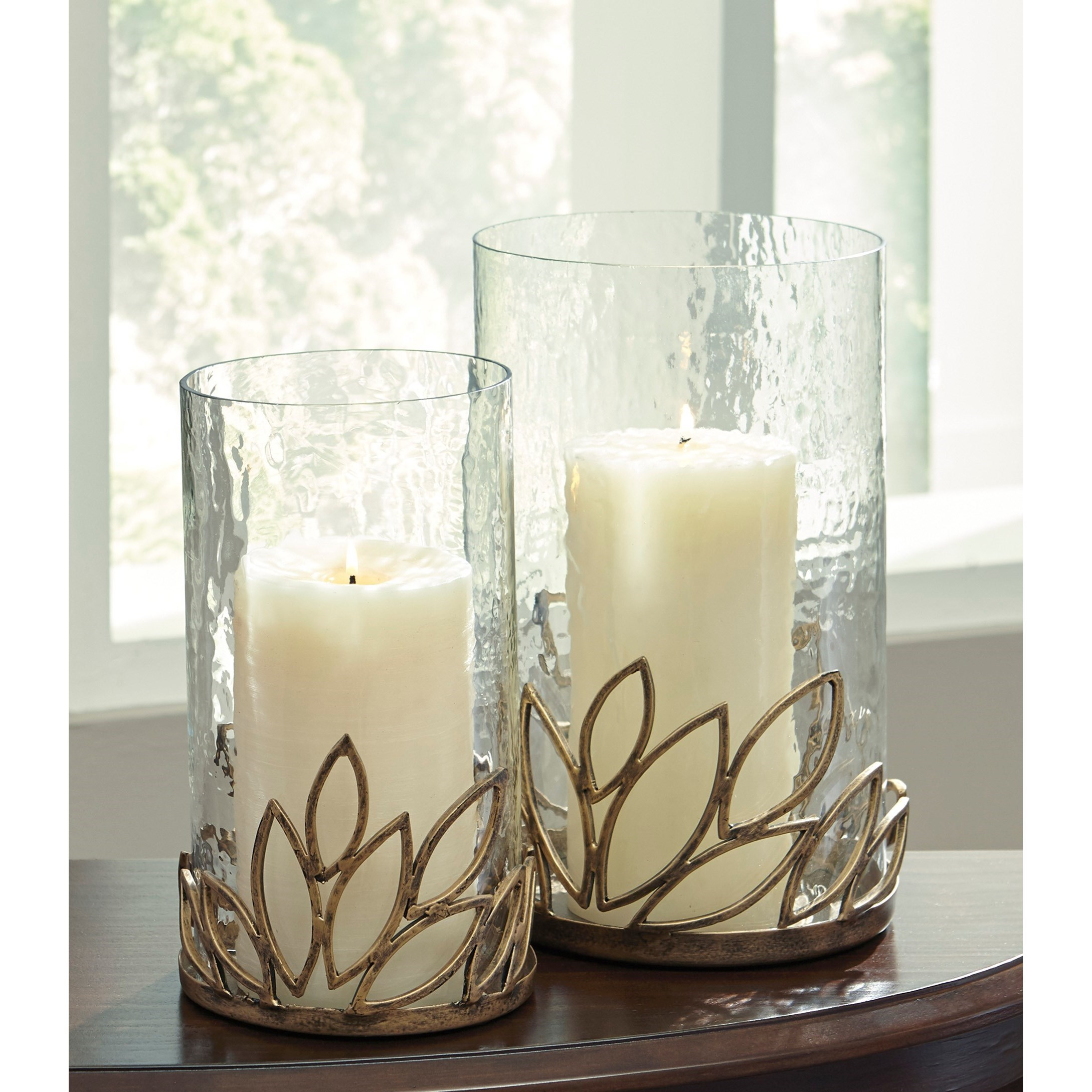 2 Pieces Silver Ashley Furniture Signature Design Contemporary Assorted Sizes Odele Glass And Metal Candle Holder Set Home Kitchen Home Décor