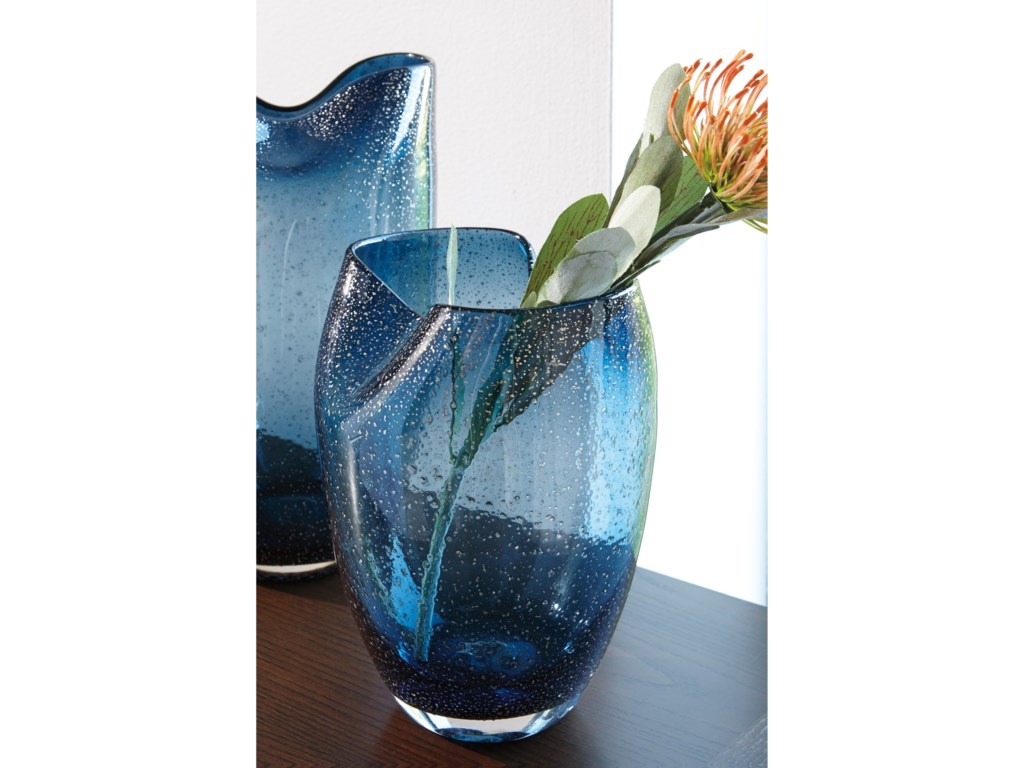Signature Design by Ashley AccentsDidrika Blue Vase