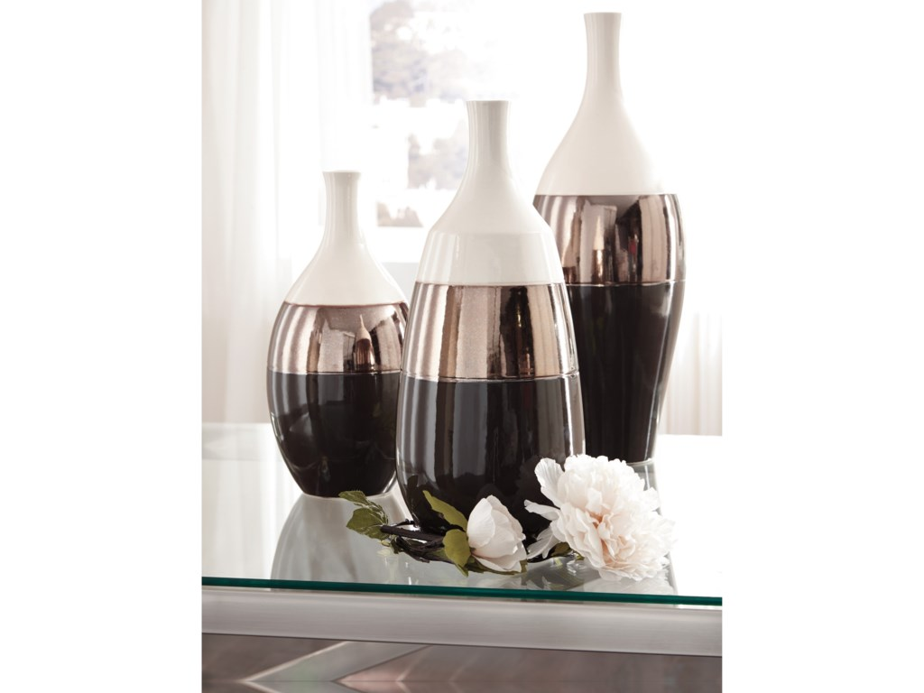 Ashley (Signature Design) AccentsDericia Brown/Cream Vase