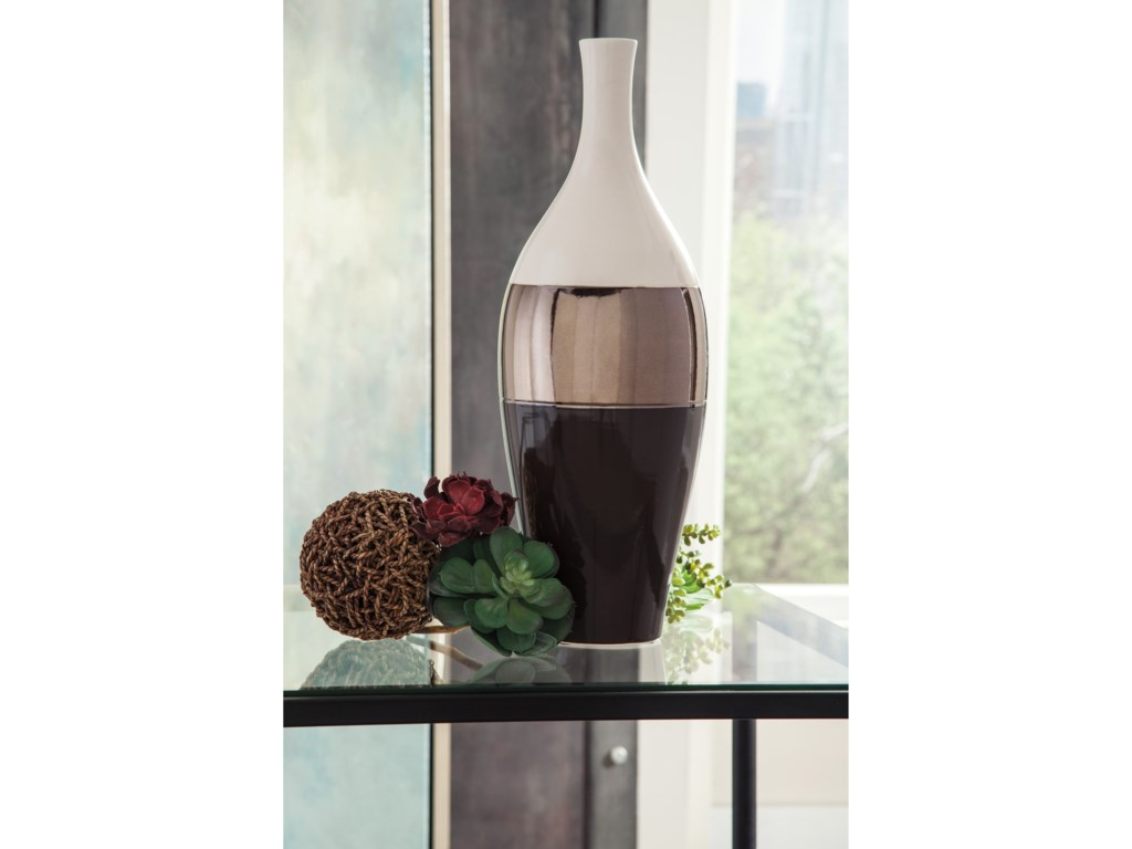 Ashley Signature Design AccentsDericia Brown/Cream Vase