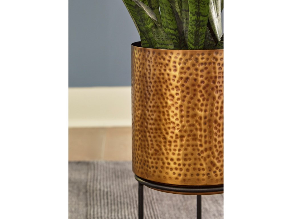 Signature Design by Ashley AccentsDonisha Antique Brass Finish Planter Set
