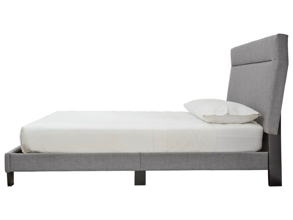 Signature Design by Ashley AdelloniKing Upholstered Bed