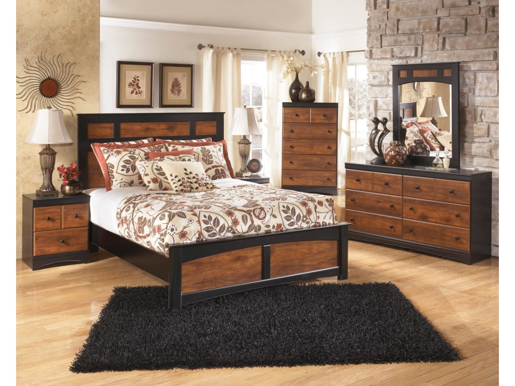 Signature Design by Ashley AimwellQueen Bedroom Group