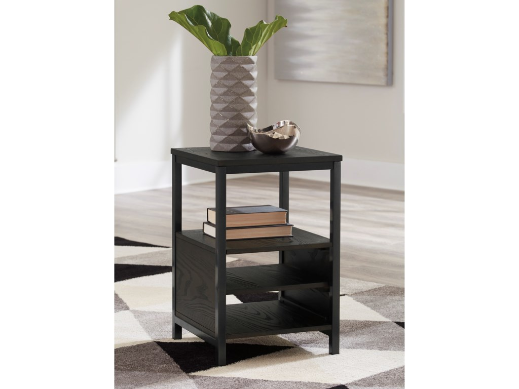Signature Design by Ashley AirdonChairside End Table