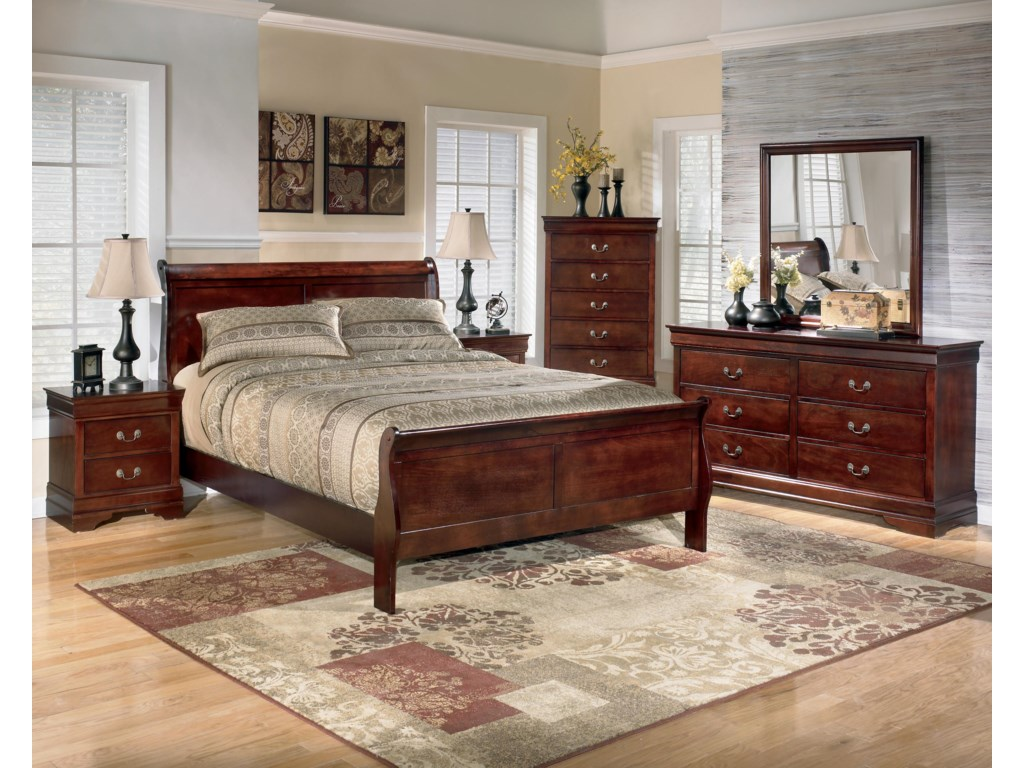 Signature Design AlisdairKing Sleigh Bed