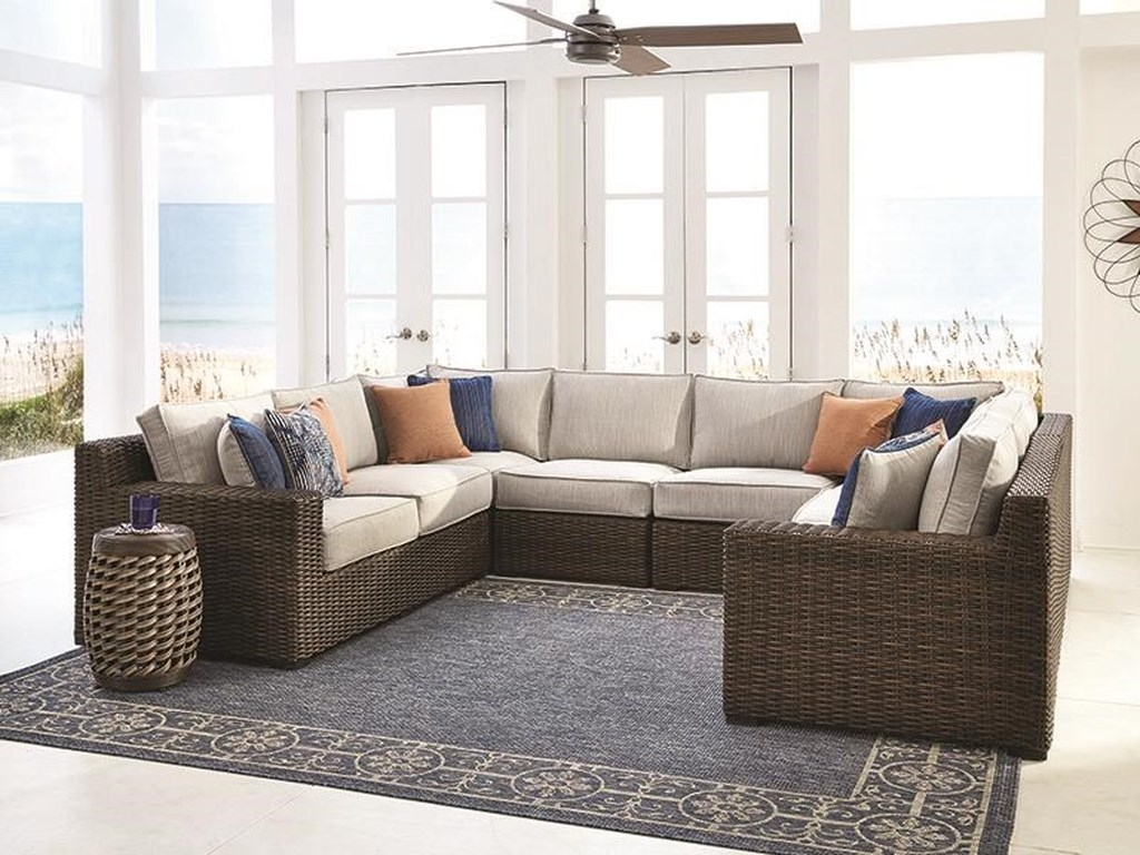Signature Design by Ashley Alta Grande6 Piece Outdoor Sectional