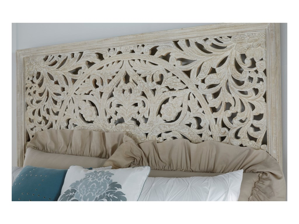 Signature Design by Ashley BantoriCalifornia King Panel Bed